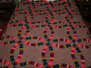 Knitted Double Wedding Ring Quilt
